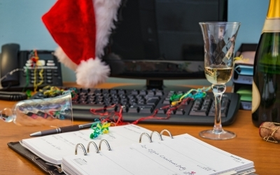 How to Handle the Holiday Spirits (and the Wine and Beer, too!)