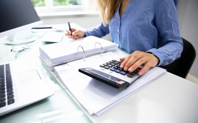Setting Overtime Exemption and Bonuses for Office Managers